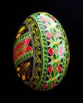 Green and red diagonal wheat duck egg (side)1101714
