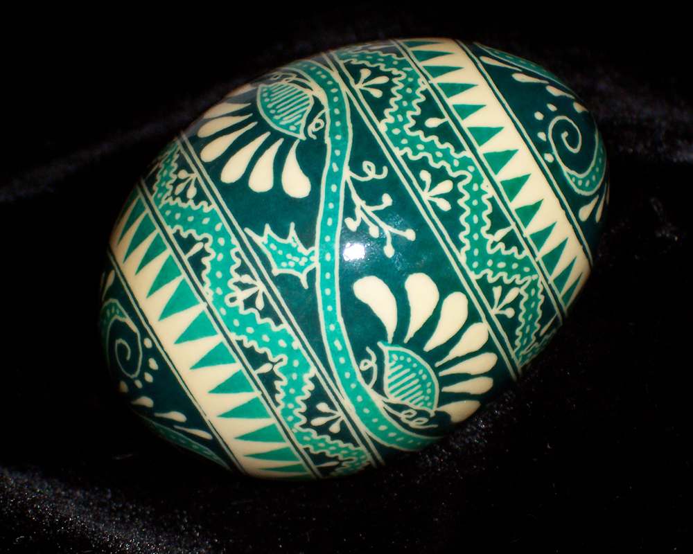 Create the most vibrant shades of Easter egg dye with these fantastic tips and tricks.