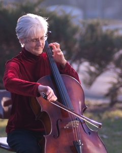 2011 mom cello a